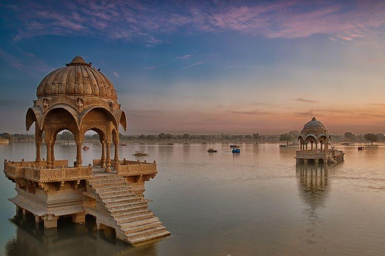 Jaisalmer Lake Gadisar