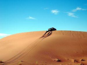 Jeep at Jaisalmer desert